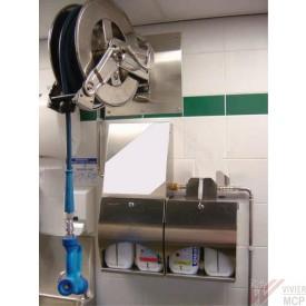 Centrale de lavage inox en cuisine
